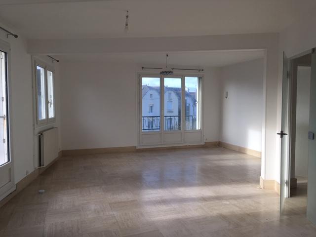 Appartement a louer 29200 brest 6 pi ces 149 9 m for Garage a louer brest